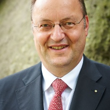 This image shows Christoph Klein, CFA, CEFA