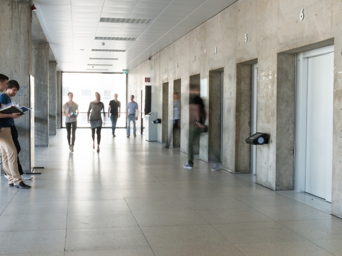 01_BWI-Foyer